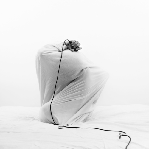 Noir, Mouna-Karray